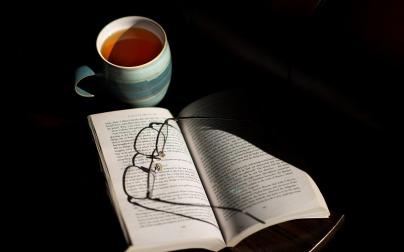 cup-of-tea-1100829_1920