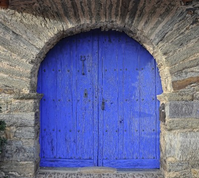 double-doors-1168261_1280