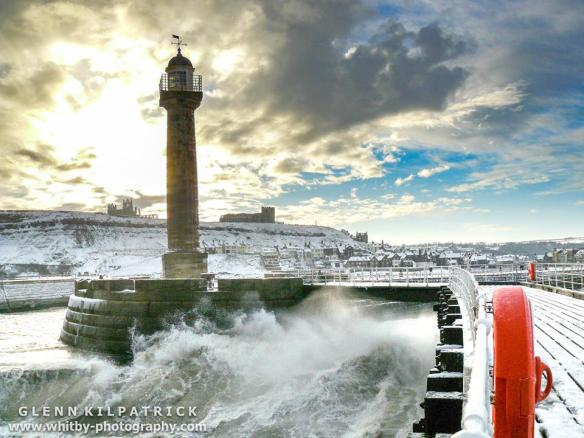 Old Whitby Lighthouse (c) Glenn Kilpatrick www.whitby-photography.com
