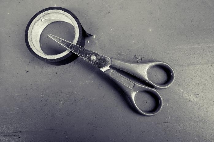 scissors-2116979_1920